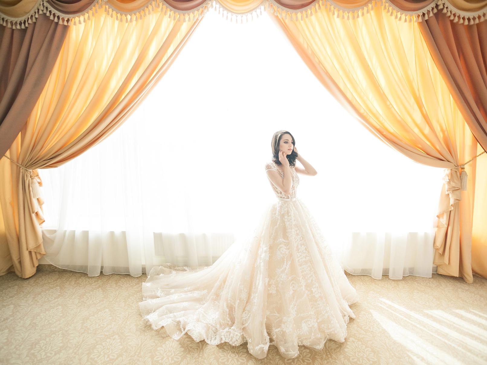 Brautkleider – Formen, Schnitte und Stile für Deinen Figurtyp Bilder