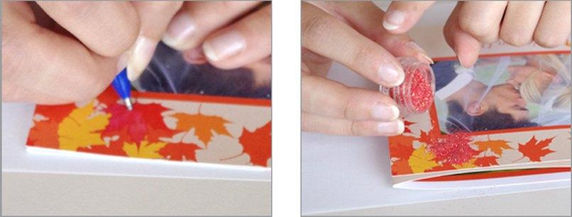 Hochzeitskarten mit glitzernden Herbstblättern. Schritt 2