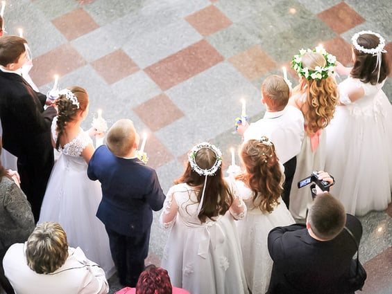 Kurz nach Ostern wird bereits Kommunion gefeiert. Ein tolles Ereignis