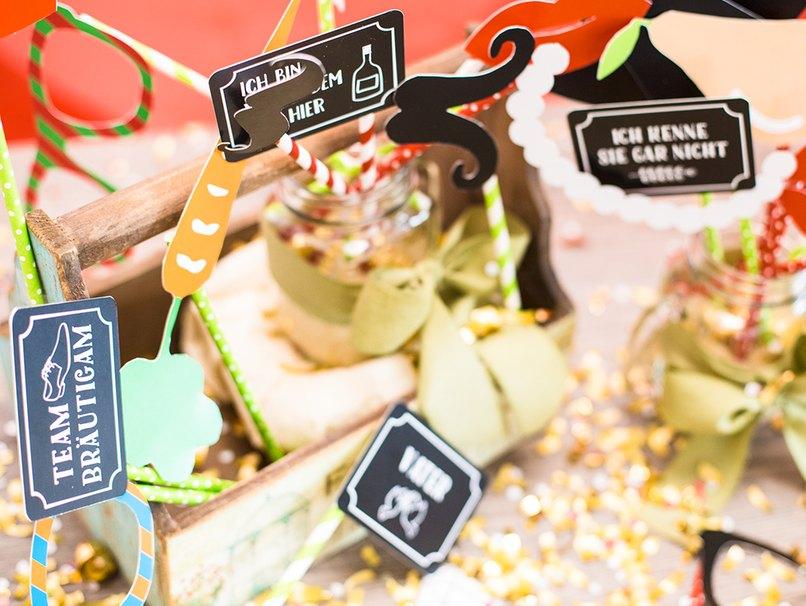 Partystimmung auf der Hochzeitsfeier - mit Fotobox Accesoires