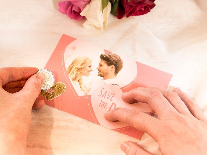 Das Hochzeitsdatum wird als Rubbelkarte getarnt