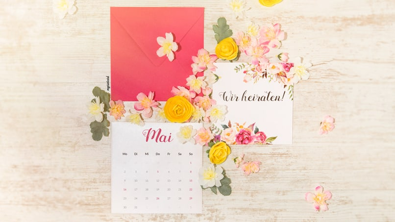 Einfach und kostenlos könnt Ihr Euch Euren Bidlschrimhintergrund für den Monat Mai herunterladen