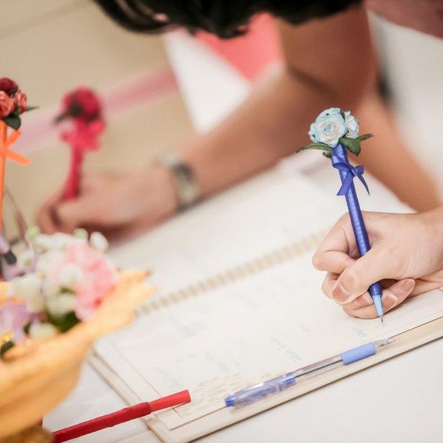 3 Tipps, um ein einladendes Gästebuch zum Geburtstag zu gestalten
