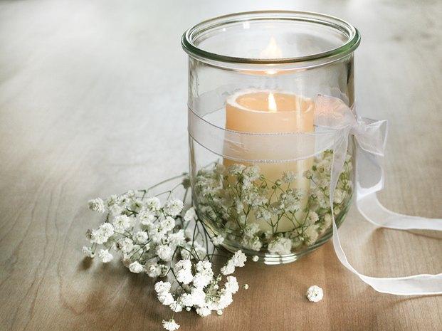 10 Ideen für die Blumendeko auf der Hochzeit mit Schleierkraut ...
