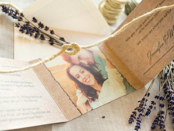Knoten symbolisieren Liebe und Ewigkeit