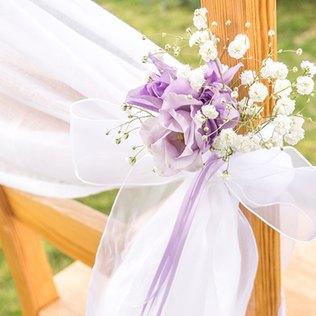 duftige Stuhldeko für die Hochzeit
