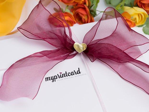 schleifen binden leicht gemacht so klappt s mit der geschenkverpackung magazin von myprintcard. Black Bedroom Furniture Sets. Home Design Ideas