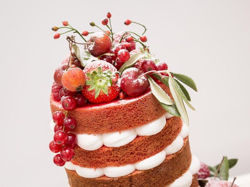 Ein traumhafter Naked Cake erwartete uns bei Sweet Diva.