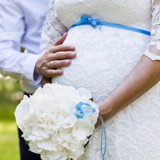 Schwanger heiraten kann so schön sein.