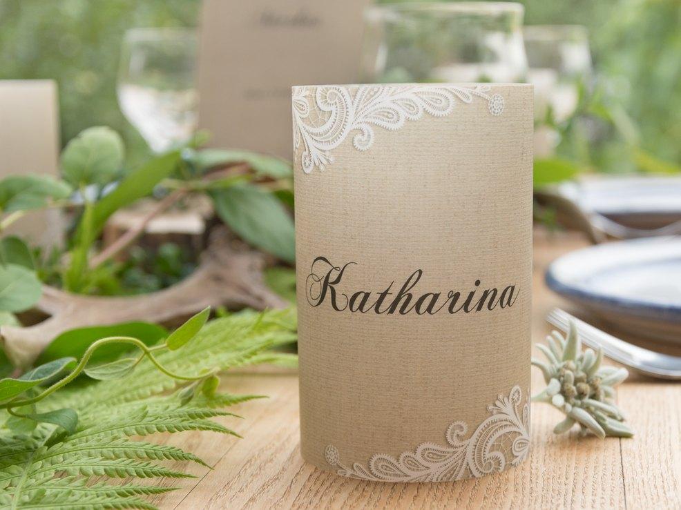 Die Rustikale Tischdeko Mit Holz So Gelingt S Myprintcard